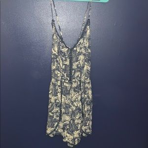 blue and white romper size M